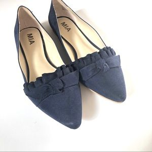 "MIA ""JEANETTE"" BLUE BOW AND RUFFLE FLATS SIZE 8.5"